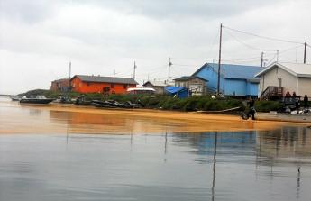 Alaska Kivalina Orange Substance